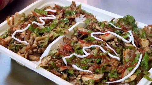 西安老板做阿拉伯烤肉盒饭夹馍20年,最旺的时侯一天卖600多份