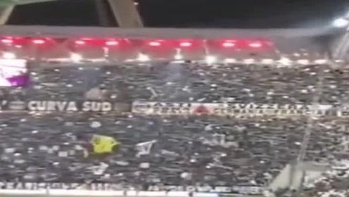 气氛嗨爆现场实拍欧冠赛前全场球迷高呼C罗,队歌响起全场合唱