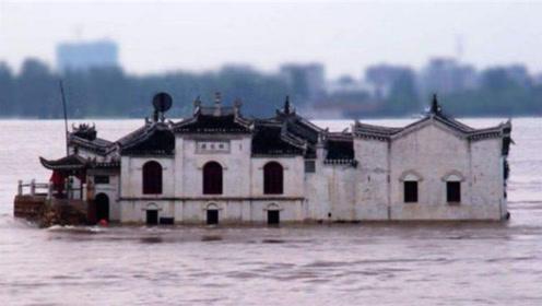 """中国最牛""""钉子户"""",霸占江心700多年,至今仍无人敢拆"""