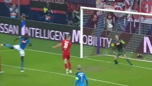 欧冠7场10球,足球最强00后哈兰德让世界震惊