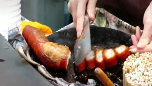 香港美食:脆口爽滑油炸猪肠,串一串才好吃