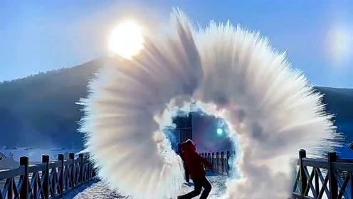 零下42度只需要一杯热水,就能拍出最完美的泼水成冰,真的太美了!