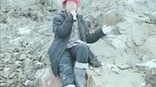 高手在民间,女工人坐在山上唱歌,真是太好听了!