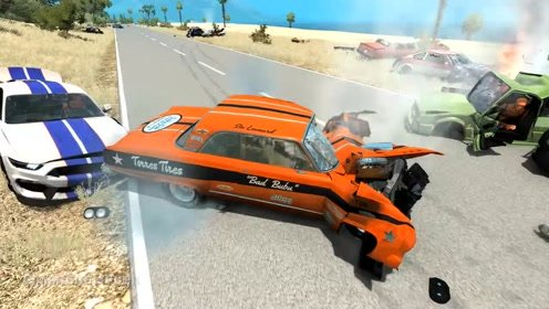 汽车模拟游戏:大规模道钉连环相撞事故