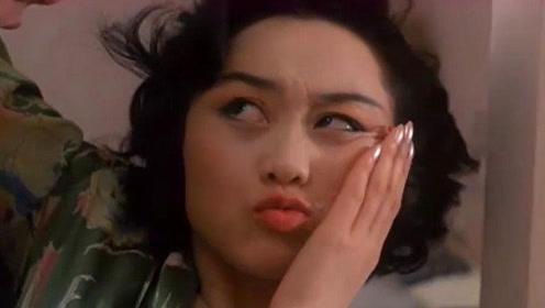 王晶导演的电影太搞笑了!小伙不懂怜香惜玉,给美女一顿抱摔!