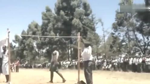 非洲初中体育课日常,真的是天生的种族优势啊