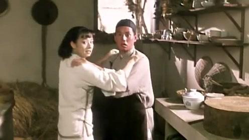电影:谭咏麟毛舜筠无厘头搞笑,这是在教自卫术我读书少你别骗我哦