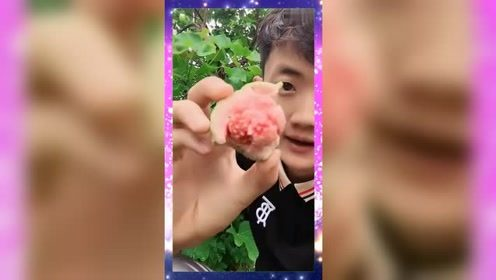 第一次见红心果,小哥哥打开的一瞬间,真让人想不到!