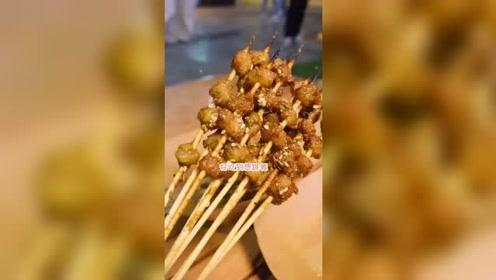 美食探店 在武汉最贵的商圈吃宵夜是个什么样的体验?