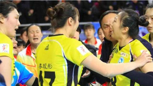 """中国女排2大""""暴脾气"""",丁霞可谓名不虚传,还有1个就是李盈莹"""
