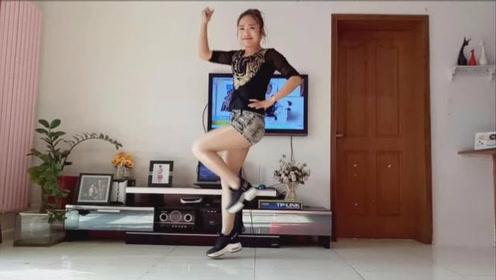 最新网红舞曲《好嗨哟》时尚动感真的好嗨哟