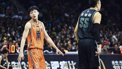 22岁成为CBA全明星首发,又帅又能打的胡明轩就是广东队的未来