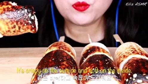 美食二倍速:小姐姐自己烤的酥脆焦糖棉花糖,这个声音太绝了