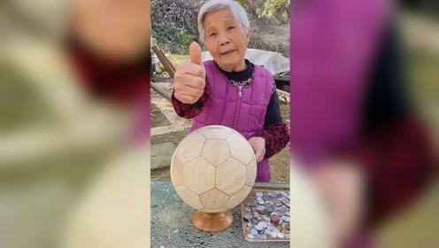 竹子做的足球存钱罐