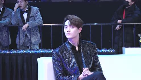 Star Cam: Xu Kai wins an award