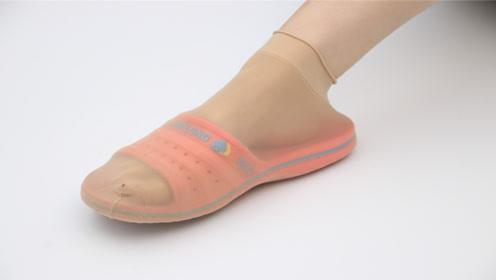 鞋子上套个丝袜这样用,一年能省好几百,看完真长见识,太厉害了