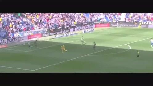 武磊世界跑位加梅西式停球,打进西甲第3球,全场球迷欢呼膜拜