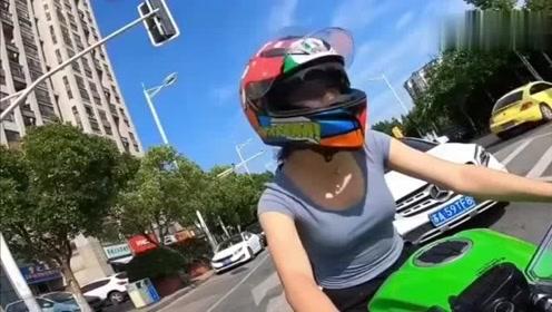 机车摩托:原本对摩托车不是很理解,看了这视频后我觉得我要买机车