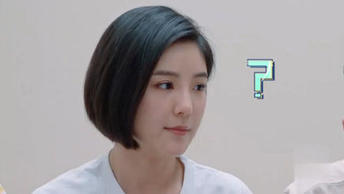 赵奕欢跟李伯恩父母视频,李伯恩父母上演花式催婚,太搞笑了!