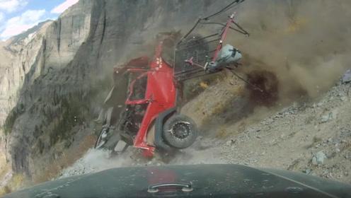 惊魂一刻!实拍美国一吉普车不幸滑落坠入山崖,车身翻滚零件不断散落