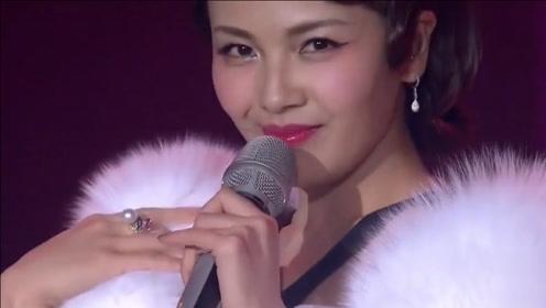 排名第一的骚歌,真不知道她那儿来的勇气,一般人肯定不好意思唱