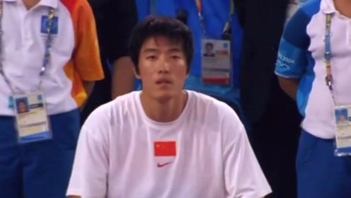 雅典奥运会男子110米栏决赛!刘翔夺冠!!