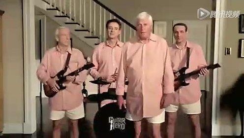 老K教练领衔大学四名教玩转吉他拍搞笑广告