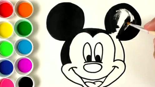 可爱米老鼠画画