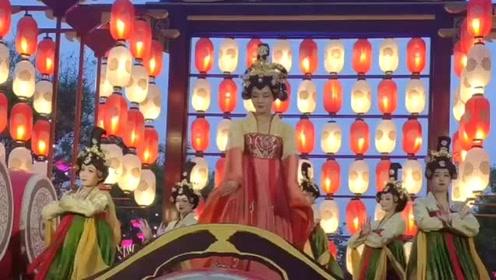 这个音乐是真好听,唱出了大唐盛世,国泰民安