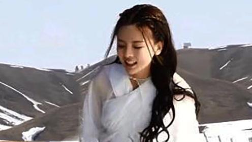 将夜2:杨超越在雪山跌倒后笑场,乱说一句台词却火了,导演都傻了