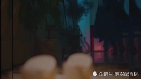 小松菜奈最新音乐MV片段,请观看。