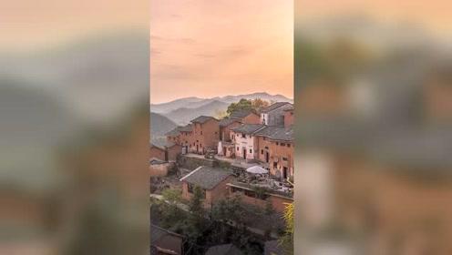 我知道发这种乡村的视频很难上热门,很少人会喜欢农村的景色和朴素的生活