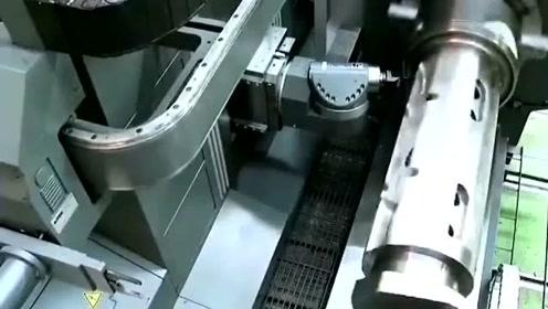 德国一台机床凭什么售价4000多万,看了这段视频你就明白了