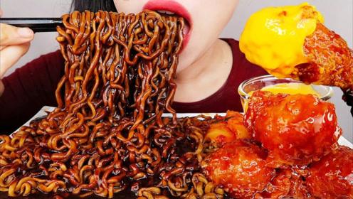 美食二倍速:小姐姐吃香辣鸡腿肉,辣味炸酱面,泡菜萝卜,美味极了