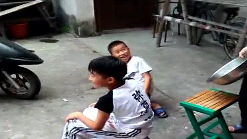 农村小孩爆笑不断