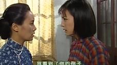 依萍说要跟书桓分手,文佩说依萍个性太强了