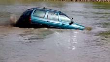 汽车太脏了,?#29615;?#27927;了