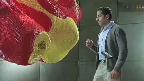 搞笑创意广告,为了一颗糖豆,毁掉了艺术大师的