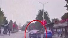 注意盲区 减速慢行! 安全驾驶 文明礼让 遵守法规