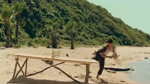 奇趣搞笑广告:流落荒岛男人也要随身携带得东