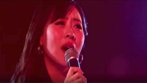 一曲《想你的每一个夜里》唱的感人,听了一遍又一遍,好听极了!
