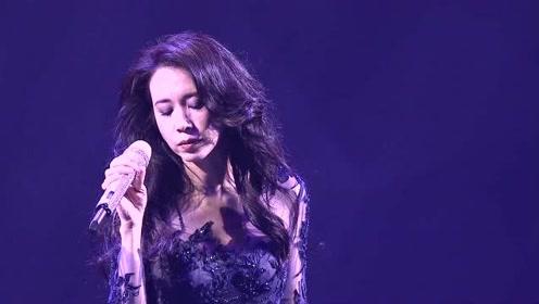 莫文蔚一首《他不爱我》一开口就唱哭许多粉丝,失恋的人真的不建议听!