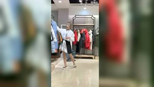 埃文 2020冬-广州布梵季歌女装的秒拍视频#生活窍门# #阿花的追星故事# #美食高光时刻#