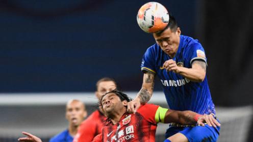 中超争冠组第17轮:江苏苏宁1-1上海上港。又是一场火药味十足的比赛。