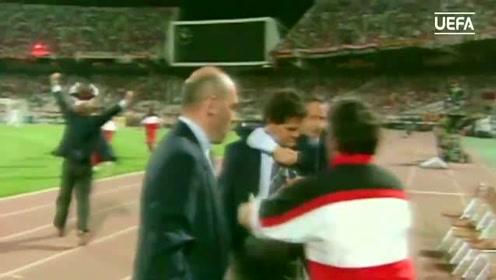 卡佩罗击溃克鲁伊夫 回顾1994年欧冠决赛AC米兰4比0巴萨