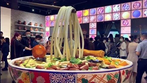 2020广西文化旅游发展大会 嘉宾参观柳州文旅项目