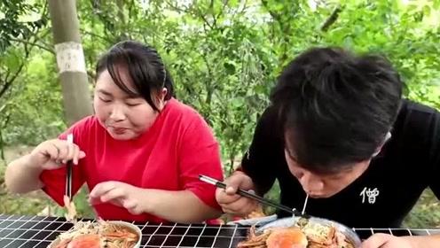 胖妹对老公太好了,老公意外受伤,胖妹赶紧做美食慰劳!