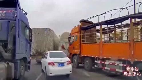 丰田司机太强势了,嚣张上路硬别大货车,视频车师傅看呆了