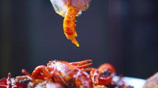 【美食纯享】重庆:火爆小龙虾