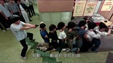 劫匪都一一被抓,店员才反应过来喊有人打劫,这也太迟了吧!